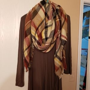 Boutique shirt and blanket scarf